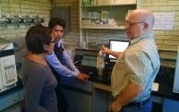 KBS LTER researcher Kevin Kahmark describes greenhouse gas analysis in the lab to colleagues at CIMMY (Centro Internacional de Mejoramiento de Maíz y Trigo).